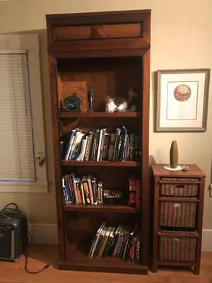 Bookcase for Sale in Redwood City, CA