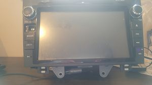 Hizpo 8in In Dash Touchscreen Navigation DVD Bluetooth Reciever for Sale in Des Moines, WA