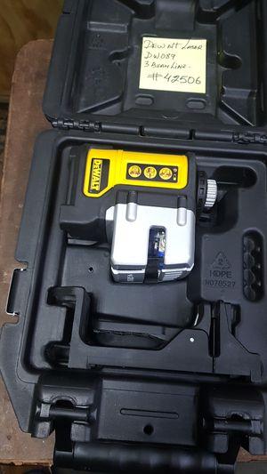 Dewalt dewalt dw089 TOOLS laser for Sale in The Bronx, NY