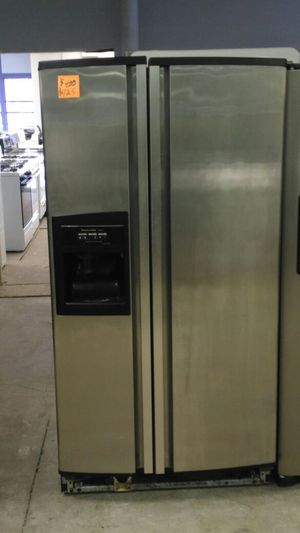 KitchenAid refrigerator (stainless steel) for Sale in Cleveland, OH