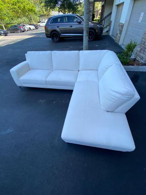 Sectional White Fabric / Couch / Sofa - Delivery Negotiable - PERFECT CONDITION for Sale in Pompano Beach, FL