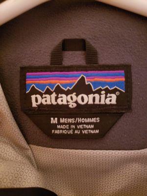 Patagonia torrentshell rain jacket mens medium for Sale in Portland, OR
