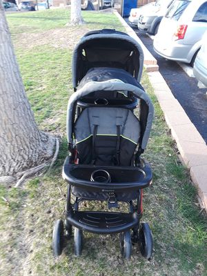 2018 Baby double stroller for Sale in Aurora, CO