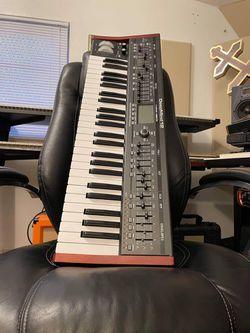 Behringer Deepmind 12 True Analog Polyphonic Synthesizer for Sale in Oakland Park,  FL
