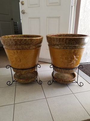 Big heavy duty flower pots for Sale in Visalia, CA