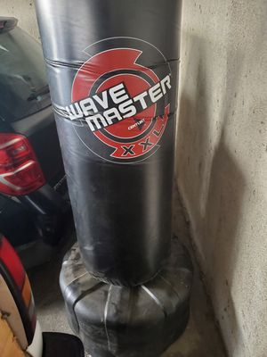 Wave master XXL Punching bag for Sale in Los Angeles, CA