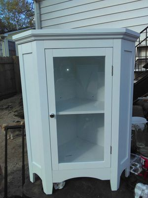 White Corner Floor Cabinet for Sale in Peachtree Corners, GA