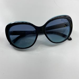 Tiffany & Co Sunglasses for Sale in Moreno Valley, CA