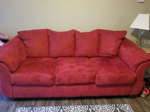Red sofa for Sale in Lebanon, MO