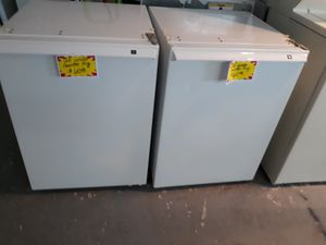 SEVERAL UNDER COUNTER FRIDGES/ GREAT 4 BAR AREA for Sale in Edgewater, FL