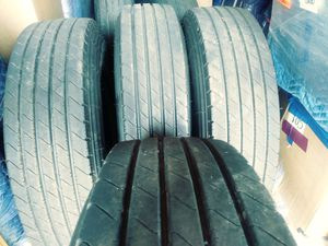 Tractor Trailer - 08 Tires - 285/75R24.5 for Sale in Pompano Beach, FL