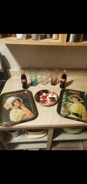 coca cola lot glass cups plate trays santa xmas 8 pcs Set lot Collectible for Sale in Upland, CA