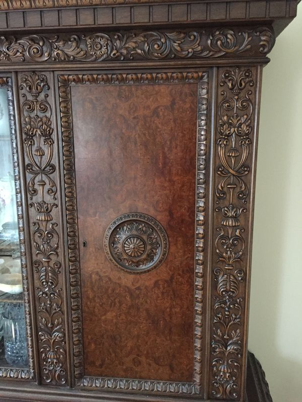 Beautiful Carved Antique China Cabinet