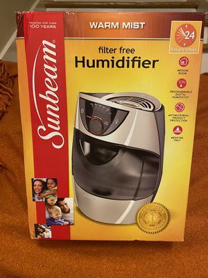 Warm Mist Humidifier -filter free for Sale in Stone Mountain, GA
