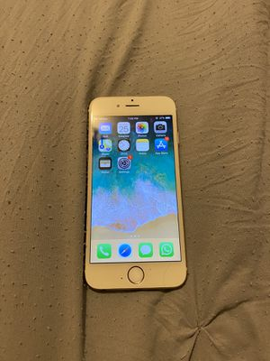 iPhone 6 in ok condition as is works read profile for Sale in Miami, FL