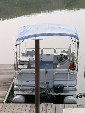 1995 Godfrey pontoon boat for Sale in Manteca, CA