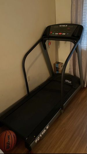 True 400 HRC Treadmill for Sale in Harrisburg, PA