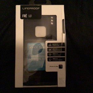 Lifeproof FRE Case For iPhone X max for Sale in Phoenix, AZ