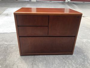 Brown 4-drawer file cabinet(s) for Sale in Lithonia, GA