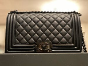Chanel Boy Quilted Flap Bag for Sale in Bloomington, IN