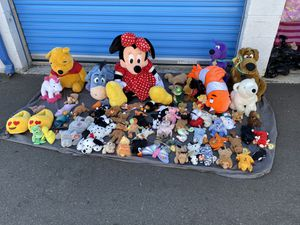 A lot stuffed animals☝️the first person give $60 for everything now for Sale in Costa Mesa, CA