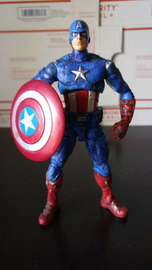 Walmart Exclusive Avengers Captain America for Sale in Fremont, CA