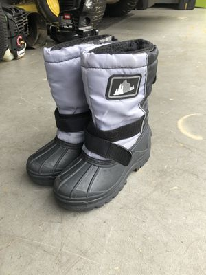 Snow Boots for Sale in Dale City, VA
