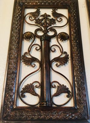 Metal decorative wall art H23xW13 inch for Sale in Chandler, AZ