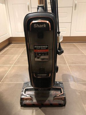Shark power lift duo vacuum for Sale in Fresno, CA