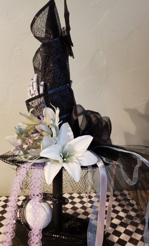 WLP WITCH HAT (decoration) for Sale in Fresno, CA