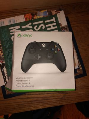 Xbox one wireless controller black for Sale in West Hartford, CT