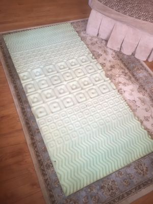 Twin bed foam cover for Sale in Red Bank, NJ