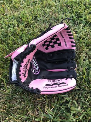 Girls Baseball Glove for Sale in Alexandria, VA
