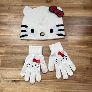 Hello Kitty Beanie And Mittens / gloves for Sale in Artesia, CA