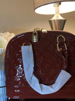 Beautiful Dark Red Bag for Sale in Mill Valley,  CA