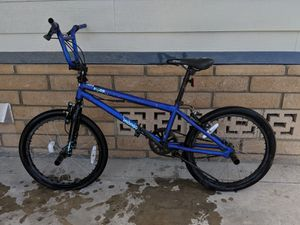 Boy's Mongoose Mode 90 BMX Boys Stunt Bicycle For A Boy for Sale in Westminster, CA