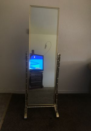 Wall full length mirror for Sale in Fresno, CA