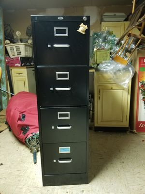 Metal filing cabinet for Sale in Chicago, IL