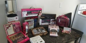 Cosmetics accesorios for Sale in Vancouver, WA