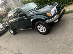 Toyota tacoma 2001 for Sale in Meriden, CT