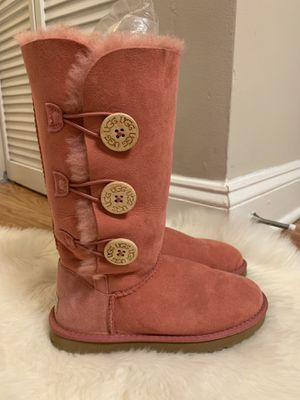 UGG Tall boots/ dusty pink /size 5 for Sale in Alexandria, VA