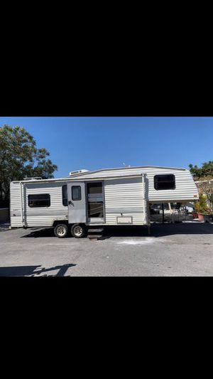 Tráiler RV for Sale in Colton, CA