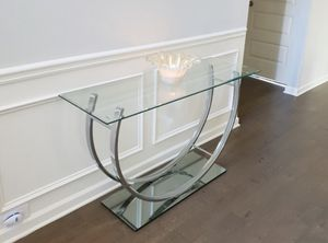 New glass chrome console table for Sale in Fort Lauderdale, FL