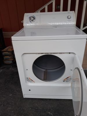 Wirhpool gas dryer super capacity plus $199 for Sale in Paramount, CA