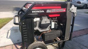 HONDA EM500iS INVERTOR GENERATOR for Sale in Bakersfield, CA