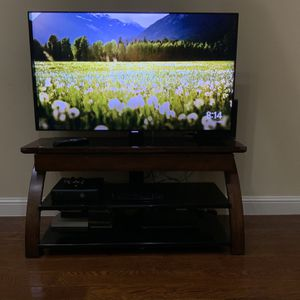 Samsung 55 Inch Smart LED TV + Stand for Sale in Irving, TX