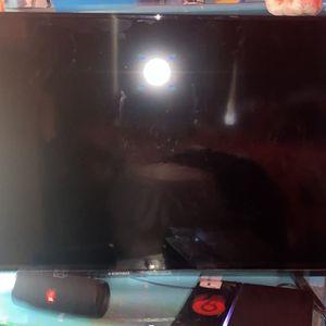 Element Smart Tv 55/58 Inch for Sale in Detroit, MI