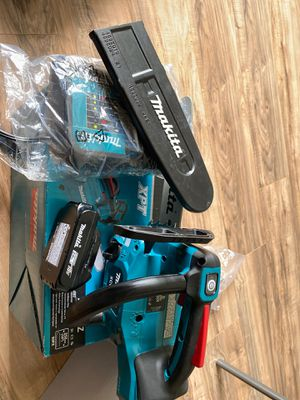 18 volt makita chainsaw. Chain is missing. 230 obo for Sale in Stockton, CA