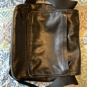 Leather Coach Purse for Sale in Davidsonville, MD
