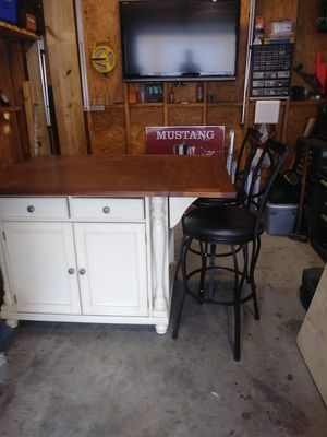 Kitchen island for Sale in New Smyrna Beach, FL